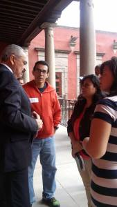 Dreamer returnees with Deputy Secretary Efren Rojas Dávila (Photo Credit: Jacqueline Aguilar(via Twitter)